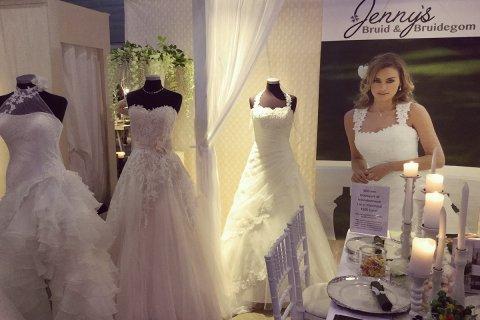 Jenny's Bruidsmode op Love & Marriage beurs