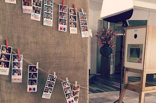 Fotostrips op gehangen