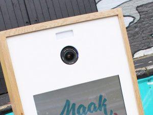 photobooth close-up camera