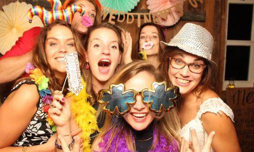 Photobooth met de bruidsmeisjes