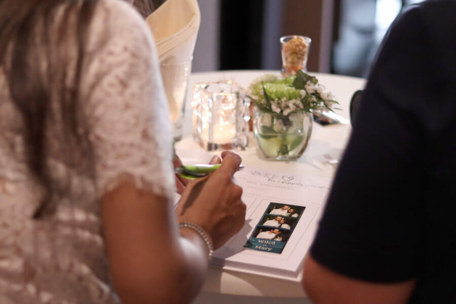Fotostripjes in het gastenboek